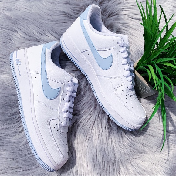 Nike Air Force 1 White & Baby Blue NEW Size 9.5
